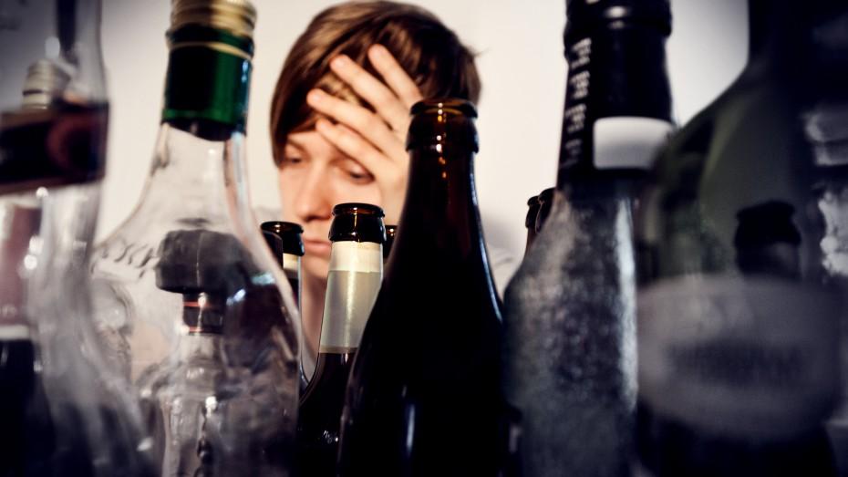 Die Methoden der Behandlung des Alkoholismus des Medikaments