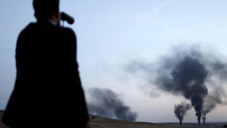 Blick über die Grenze: Die Türkei hat den IS als Nachbar lange geduldet. Foto:dpa/Sedat Suna/Archiv