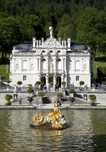Schloss Linderhof. Bild: Bayerische Schlösserverwaltung/Vroni Freudling