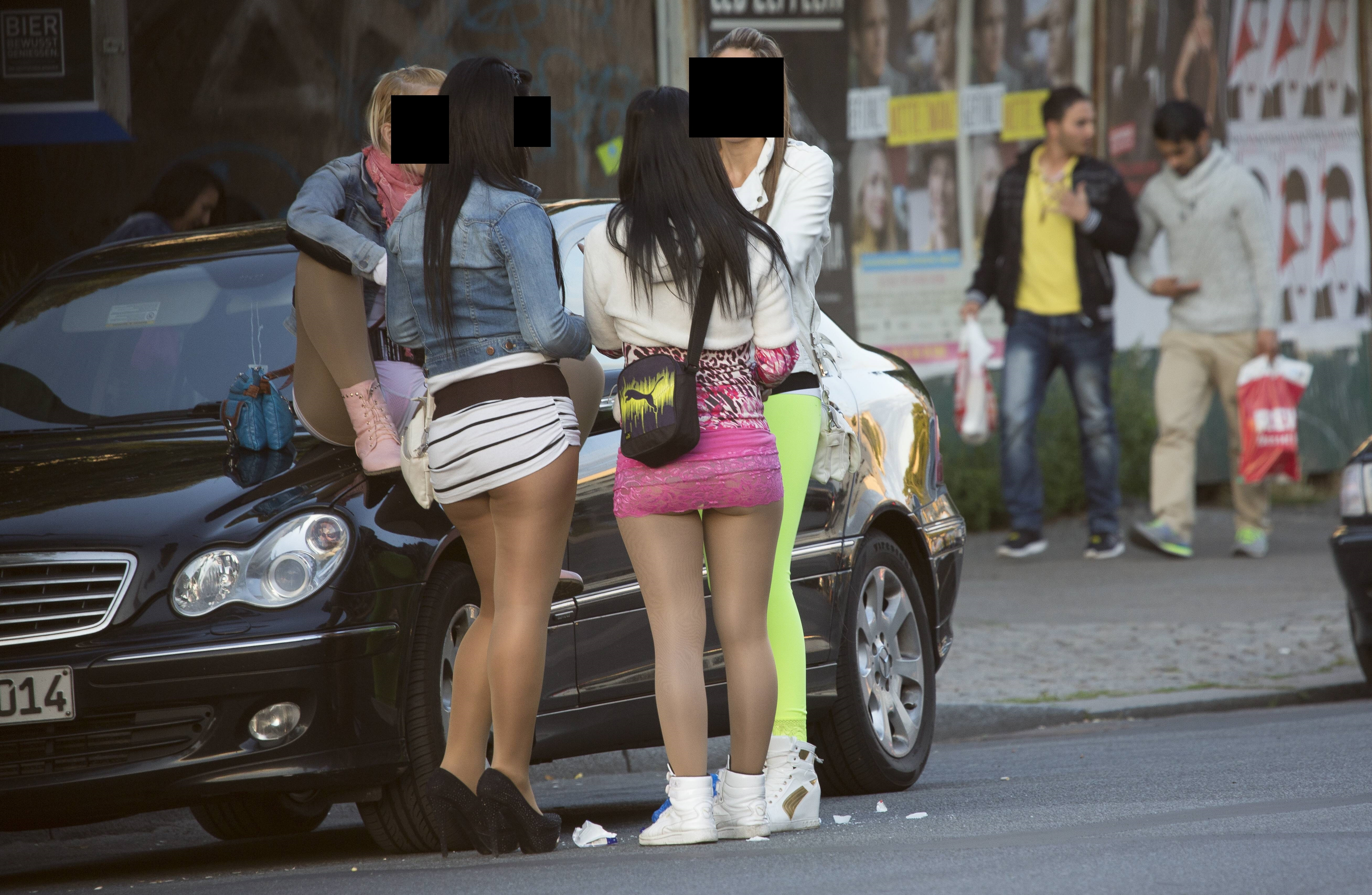Straßenstrich deutscher Corona: Prostituierte