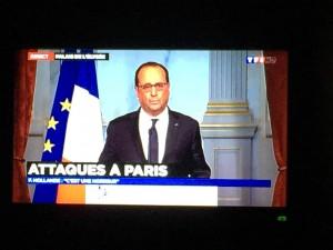 Der französische Präsident Francois Hollande bei seiner Fernsehansprache. Bild: Imago/PanoramiC