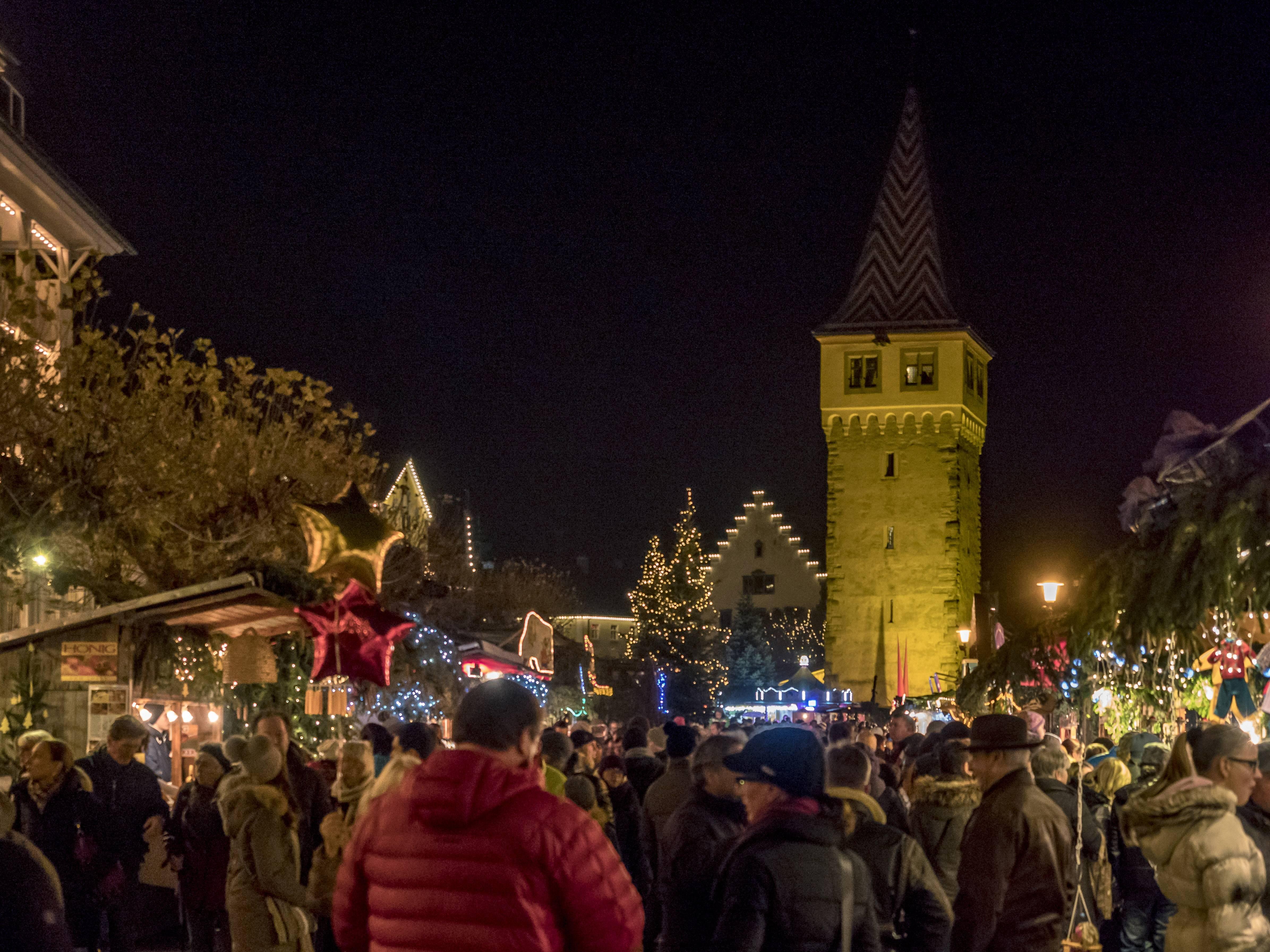 Lindau Weihnachtsmarkt.Weihnachtsmarkt In Lindau Am Bodensee Bayern Deutschland Christmas