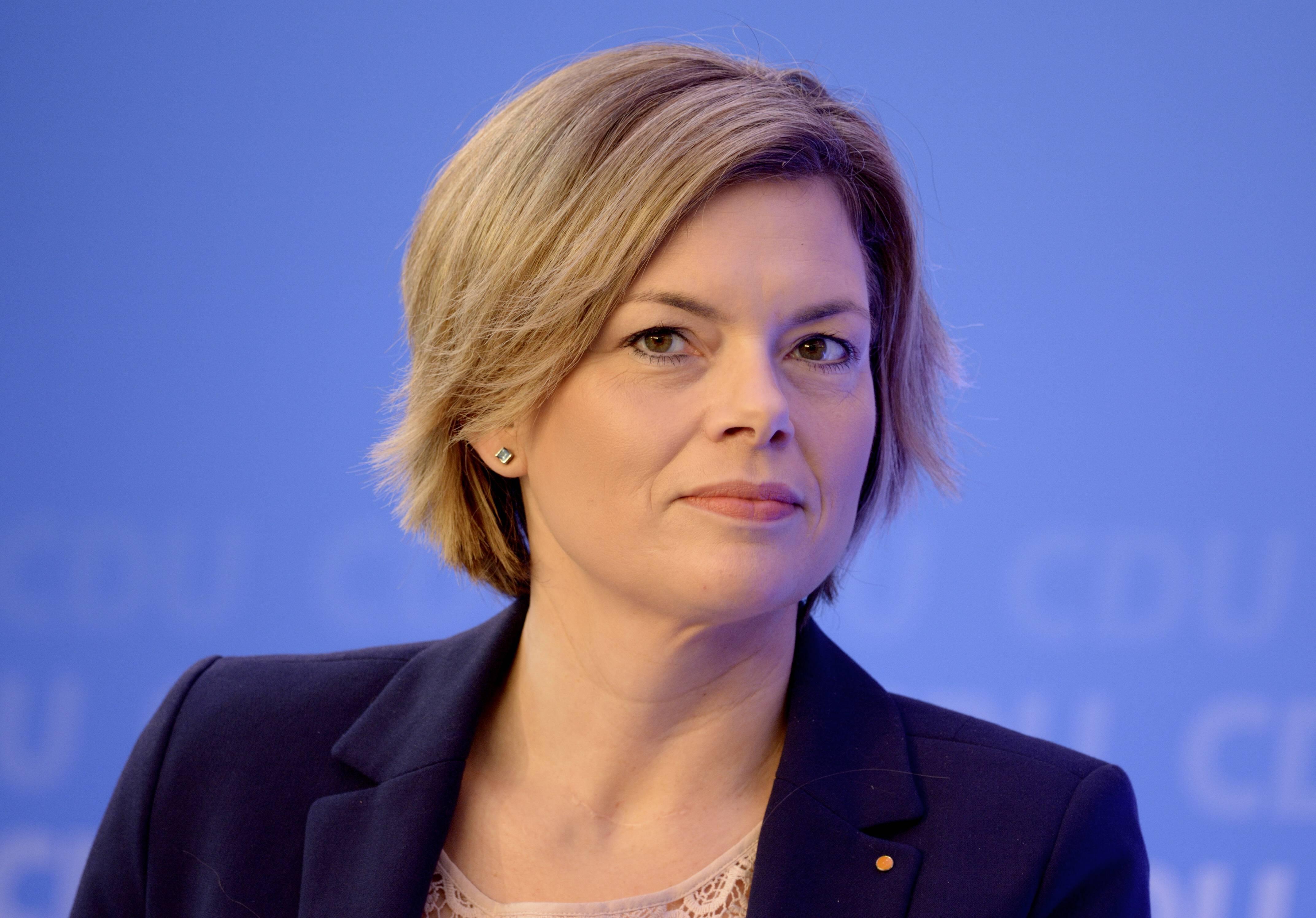 Julia KLOECKNER Vorsitzende der CDU von Rheinland Pfalz 09