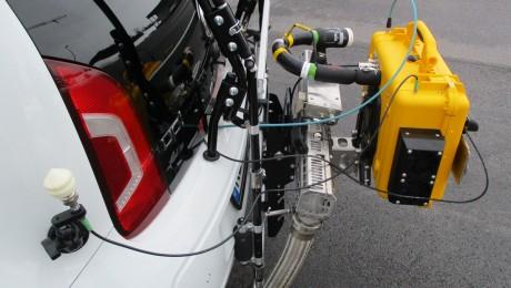 Abgasmessungen in allen Verkehrslagen macht das Mini-Labor im Kofferformat des Allgäuer Herstellers MAHA-AIP möglich. Bild: MAHA-AIP