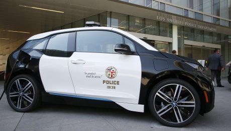 Die Polizei von Los Angeles fährt bald mit E-Autos von BMW. (Bild: BMW/Danny Moloshok/Newscast)