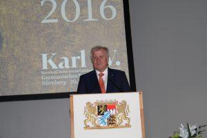 Bayerns Ministerpräsident Horst Seehofer (CSU) bei der Eröffnung der Bayerisch-Tschechischen Landesausstellung zu Kaiser Karl IV. in Nürnberg. (Foto: Wolfram Göll)