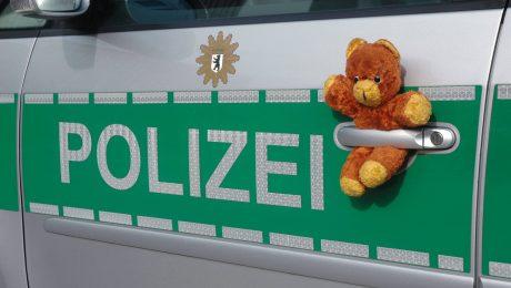 Die künftige Bewaffnung der Polizei? Ein Juso-Vorschlag stößt auf Kritik. (Bild: Imago/Steinach)