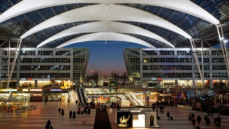 Deutschlands schönster Wohlfühl-Flughafen:  Der Franz-Josef-Strauss-Airport hat Fraport von der Spitze verdrängt. (Bild: Flughafen München GmbH/Werner Hennies)