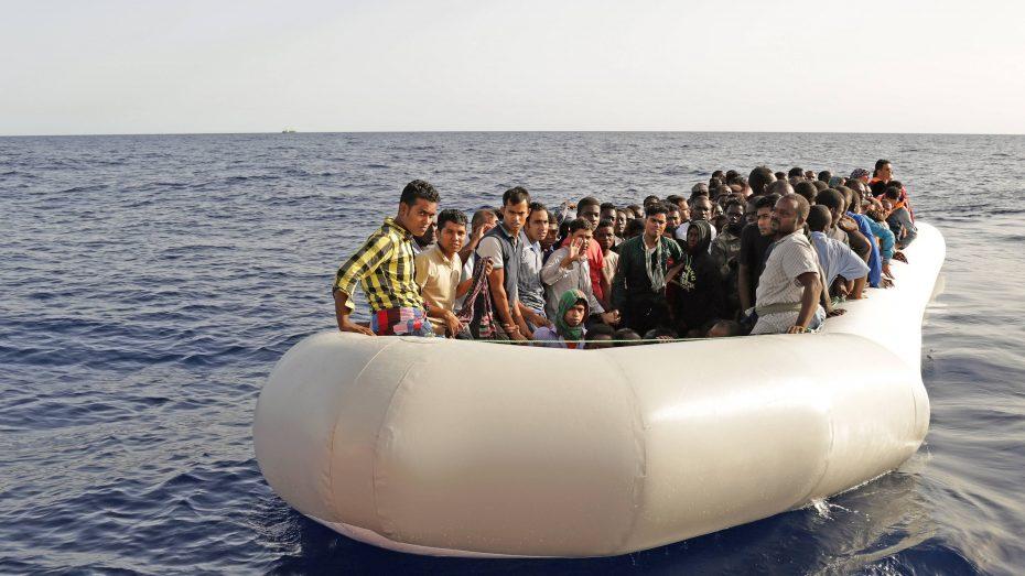 Neuer Ansturm: Flüchtlingsboot im Mittelmeer. (Bild: Imago/Rene Traut)