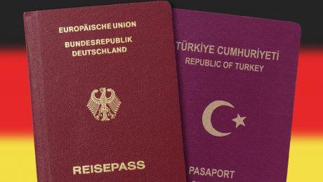 In der Union wird darüber diskutiert, ob man die doppelte Staatsbürgerschaft zu einem zentralen Wahlkampfthema machen sollte. (Bild: Imago/Blickwinkel)