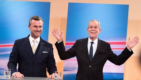 Grün vor blau: Wahlsieger van der Bellen (r.) bei einer TV-Debatte mit Gegner Hofer (Foto: Imago/Eibner Europa)
