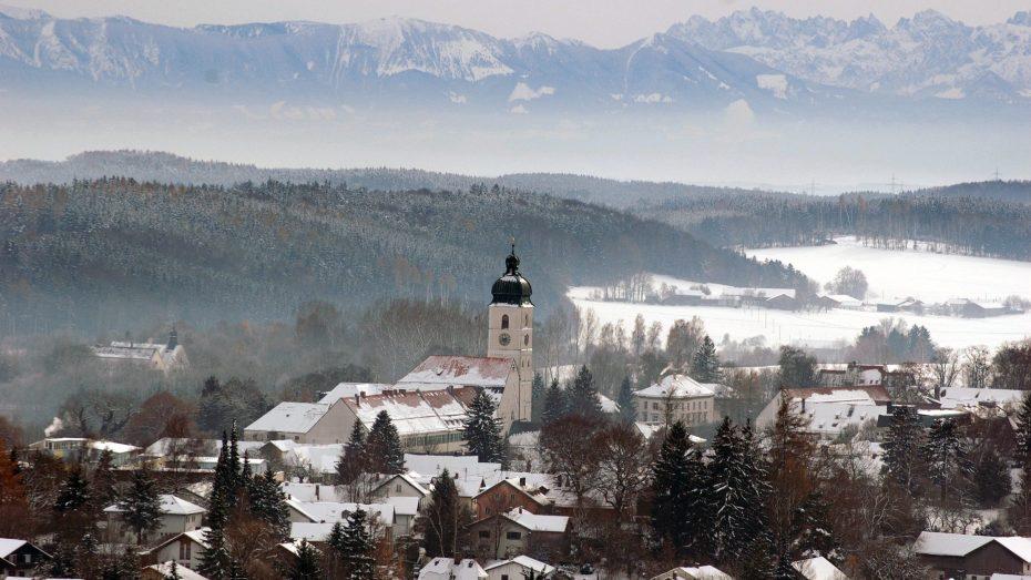 Ebersberg hat nicht nur landschaftliche Reize zu bieten, die Wirtschaft in der Region boomt. (Foto: Stadt Ebersberg)