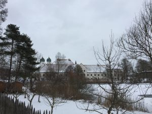 Die Landesgruppe trifft sich im oberbayerischen Kloster Seeon. (Bild: BK)