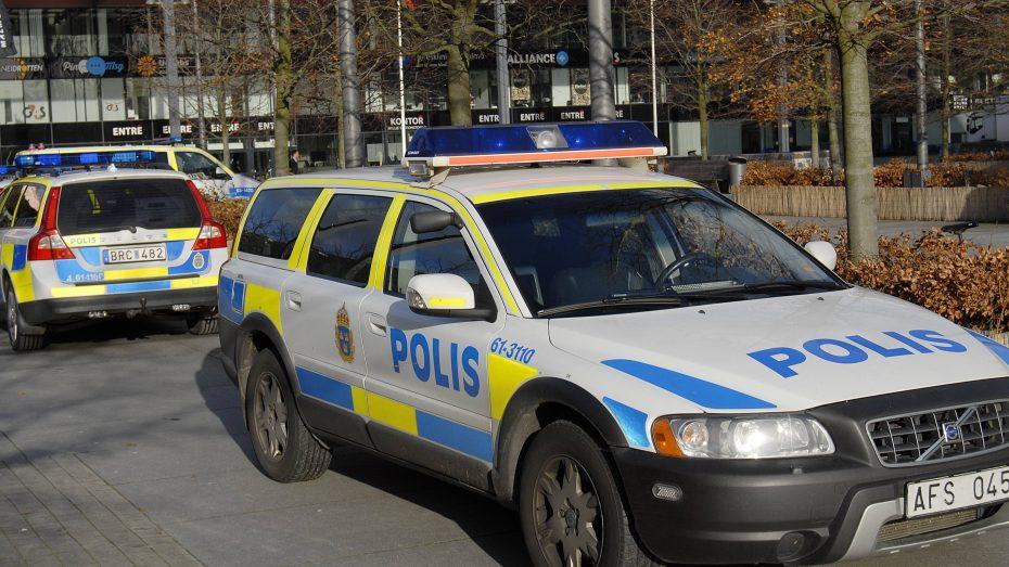 Schwedische Polizei im Gewalt-Brennpunkt Malmö. (Bild: imago/Dean Pictures)