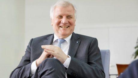 Seehofer wird Augsburger Ehrenbürger