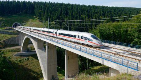 Jungfernfahrt im Berlin-Express