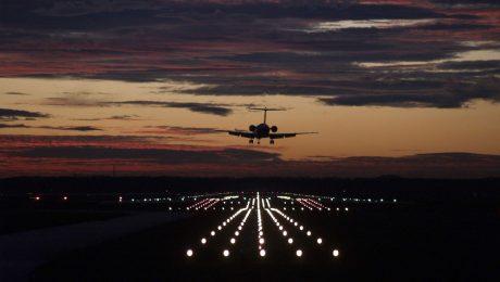 Der Flughafen hebt ab