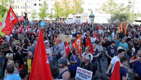 SPD, Grüne und Verfassungsfeinde machen mobil